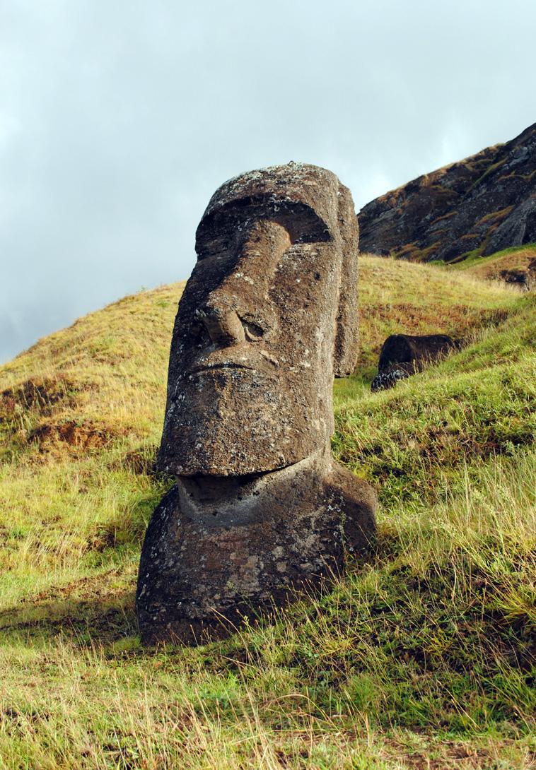 moai-statue-rano-raraku.jpg