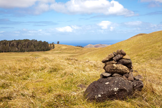 Hiking up Maunga Terevaka at Rapa Nui (Easter Island)